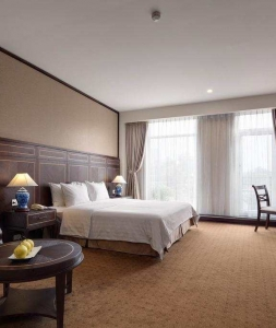 ZEPHYR HOTEL – BA TRIEU STREET