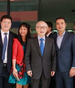 Doanh nhân Việt gặp gỡ ngài Kim Woo Choong người sáng lập Tập đoàn Deawoo